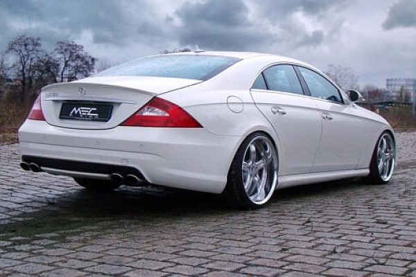 Picture of a Mercedes Benz 03 S Class W219 AMG Style Rear Wing Boot Spoiler Body kit