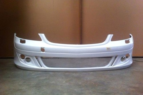 Picture of a Mercedes Benz 06 S Class W221 BB Style Front Bumper Bar Body kit