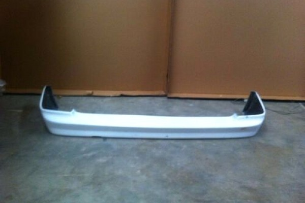 Picture of a Mercedes Benz 97 V Class W638 BB Style Rear Lip Spoiler Body kit